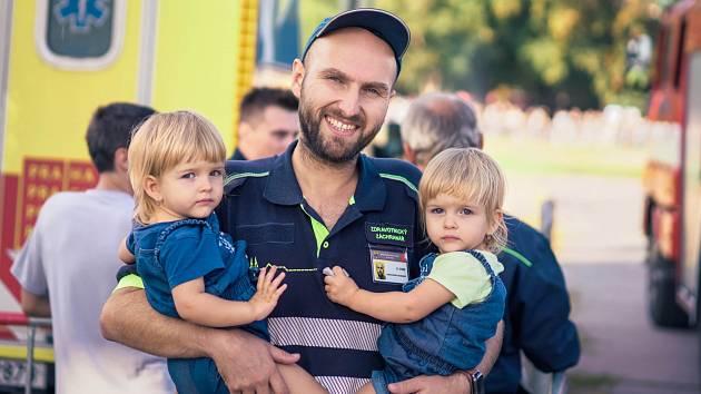 Holešovické Výstaviště nabízí v sobotu Den hrdinů. Podívejte se na práci členů složek Integrovaného záchranného systému.