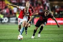 Zápas semifinále poháru MOL Cup mezi Slavia Praha a Sparta Praha hraný 24. dubna v Praze. Van Buren, Hanousek