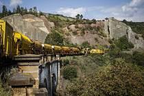 Vlaky se vrací po čtvrt roce na Pražský Semmering, končí první etapa opravy.
