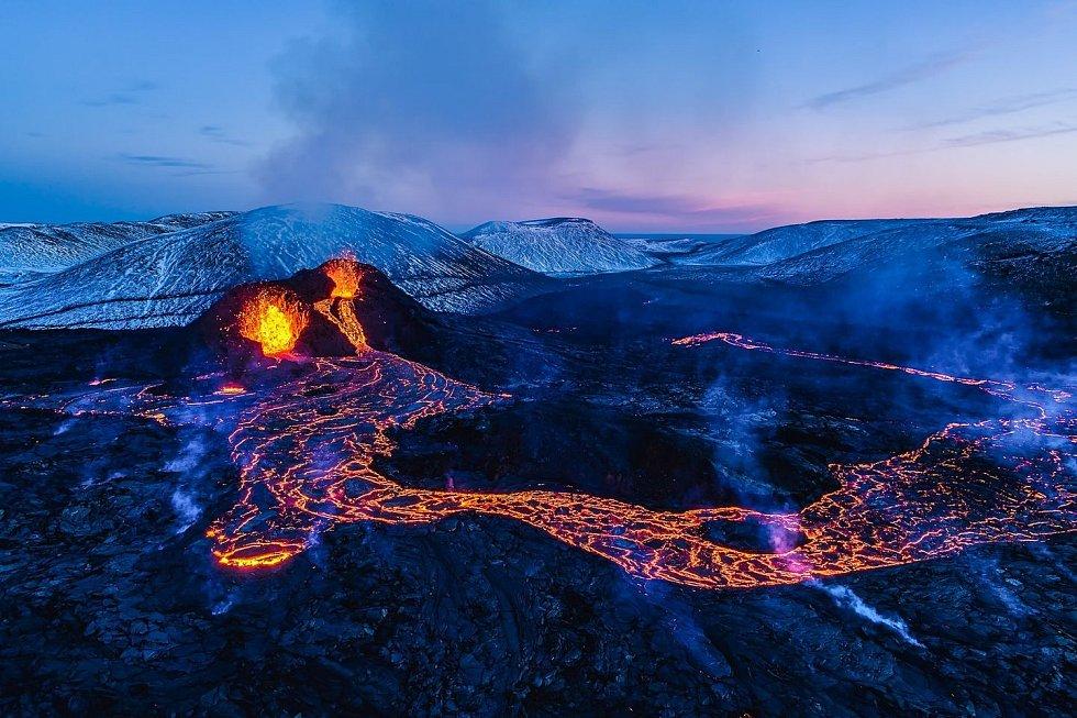 V rámci cestovatelského seriálu Kolem světa se vydáte na soptící Island.