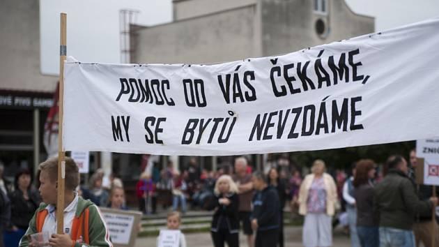 Demonstrace obyvatel sídliště Písnice.