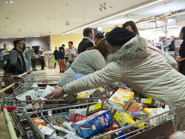 Národní potravinová sbírka. Ilustrační foto.