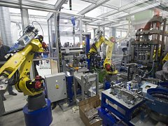 Sériová výroba revoluční 3D baterie HE3DA.