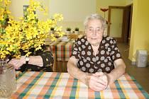 V srpnu oslaví sto let Hilda Honcová , která chodí každé úterý na setkání v Domě s pečovatelskou službou v Černošicích. Je nejstarší členkou Klubu důchodců ve Středočeském kraji.