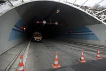 Uzavřený Lochkovský tunel. Ilustrační foto.