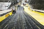 Výstavba dráhy pro závod RedBull Crasched Ice, který se uskuteční příští sobotu, pokračovala 30. ledna na Vyšehradě.