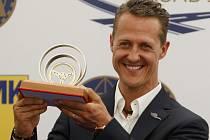 Závodník formule 1 Michael Schumacher se zúčastnil 28. června v centru Prahy dopravně bezpečnostní akce.