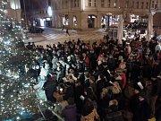 Štědrovečerní bohoslužba na Václavském náměstí v Praze.