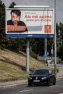 Volební billboard pro komunální volby 18. července v Praze. Jakub Landovský, ČSSD