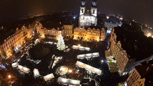 Rozsvícení vánočního stromu na Staroměstském náměstí.
