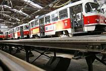 Výstavbu nové vozovny podporuje pražský dopravní podnik, radnice Prahy 12 s tím však nesouhlasí.