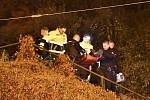 Mladý muž skončil po pádu v Letenských sadech v bezvědomí.