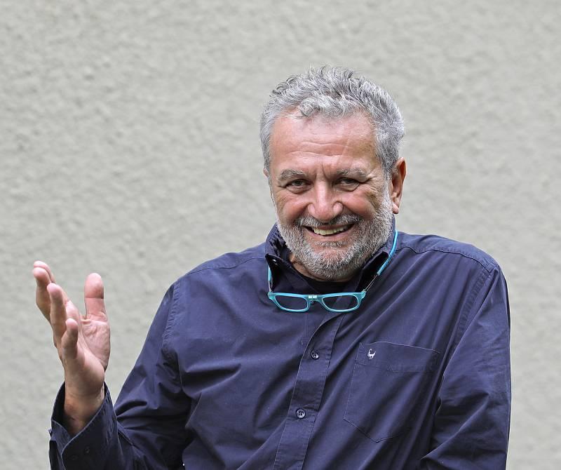 Politik Ivan Gabal.