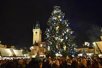 V sobotu 30. listopadu 2019 byl v Praze na Staroměstském náměstí rozsvícen vánoční strom.
