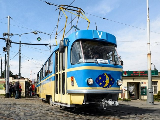 Měsíček – Tramvaj T3.