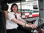 Řidička autobusu MHD Dagmar Běhunková.