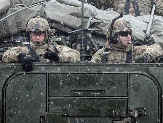 Americký vojenský konvoj v České republice.