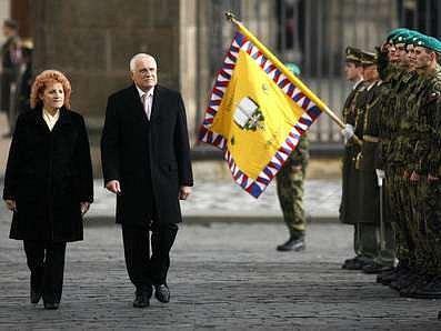 Vojenská přísaha 250 příslušníků Armády České republiky se tradičně uskutečnila na Hradčanském náměstí.