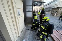 Požár trafostanice na Masarykově nádraží.