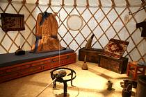 Výstavu Doma na Sibiři si dnes můžete prohlédnout při komentované prohlídce s její autorkou Gabrielou Jungovou.