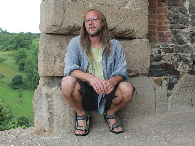 """KASTELÁN Jiří Sobek ve zdech hradu Krakovce dokonce bydlel. """"To jsem ještě neměl rodinu. Myslím, že to jsou okamžiky, které jsou nezapomenutelné a upřímně bych to každému přál zažít."""""""