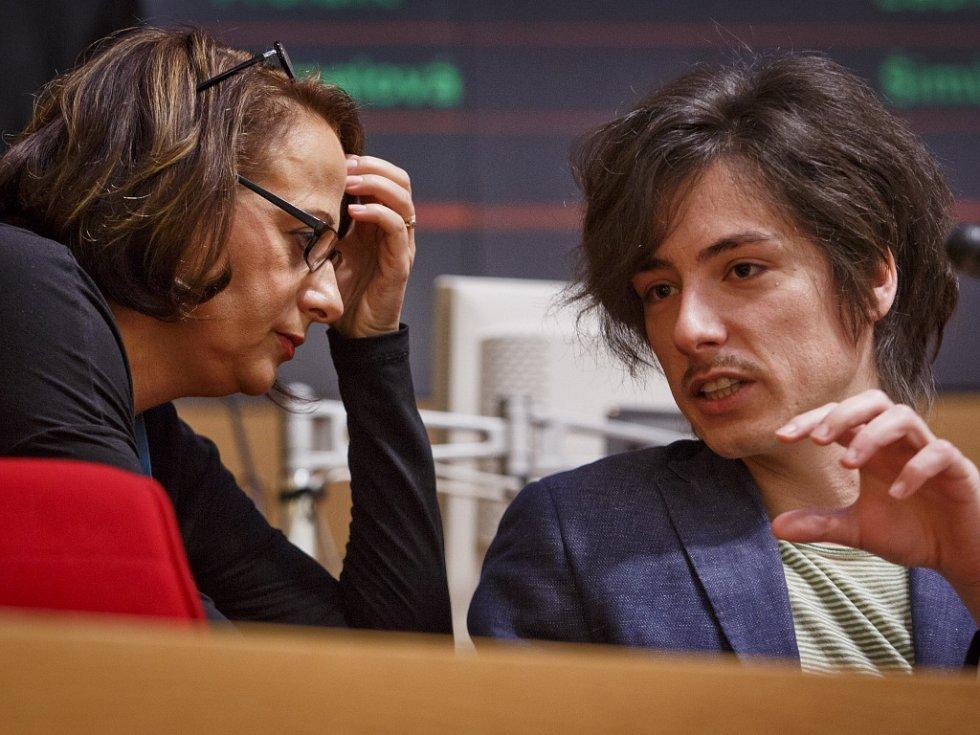 Adriana Krnáčová a Matěj Stropnický.