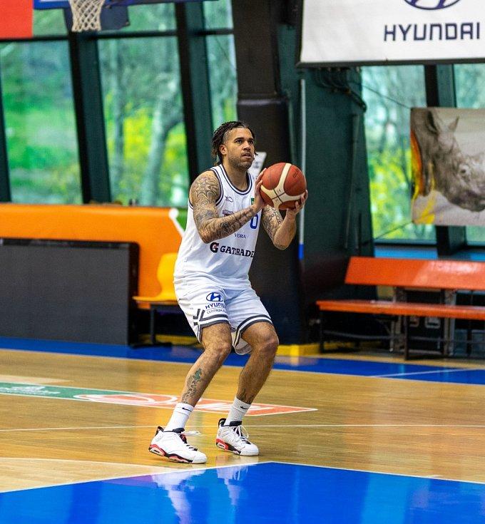 Hvězdný basketbalista Blake Schilb se stal posilou USK Praha.