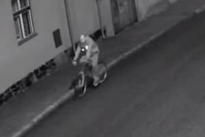 Cyklista podezřelý z loupeže.