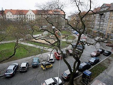 Na Puškinově náměstí garáže zatím nebudou.