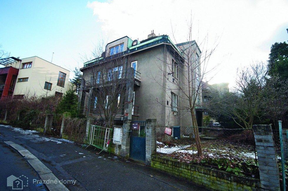 Další vila v Praze 5 zanikla v dubnu 2018. Dům v ulici Nad Bertramkou 3 je další zaniklou stavbou.