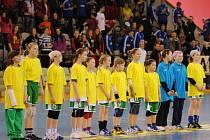 Medailistky Prague Handball Cupu minižákyně HC Háje.