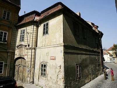 Historický areál Obeního dvora získal nový majitel za 114 milionů korun.