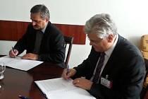 Podepsání smlouvy o spolupráci při zajišťování lékařské péče obětem znásilnění.