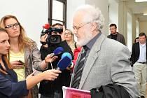 Žalobce Petr Jirát u Krajského soudu v Praze v kauze bývalého hejtmana Středočeského kraje Davida Ratha.