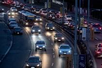 Dopravní situace vulici VHolešovičkách.