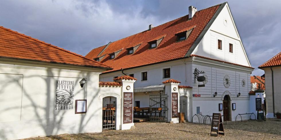 Pivovar Strahov a pivnice Sv. Norbert.