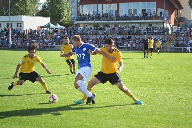 Zatímco na stadionu Táborska dorazilo na Olympii 1285 fandů, na úvodní domácí duel jich přišlo jen 350.