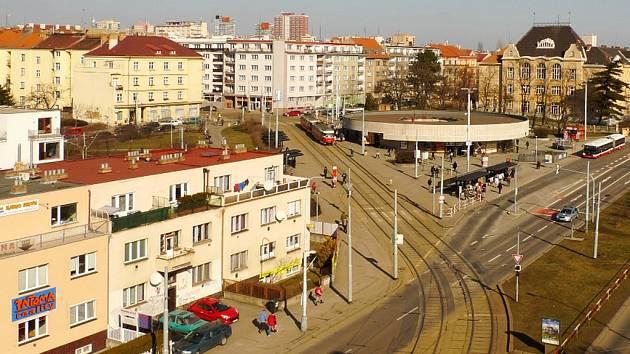 Okolí stanice metra Strašnická v Praze.