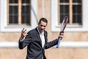 Slavnostní zahájení prvního ročníku tenisového Laver Cupu, které se konalo 20. září na Staroměstském náměstí v Praze. John Isner