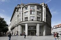 Budova KB v ulici na Příkopě.