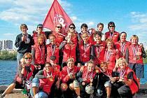 Pražské dračice z W.I.L.D. of Prague se mohou pochlubit se sbírkou zlaté, stříbrné i bronzové medaile z klubového evropského šampionátu, který se konal v ruském Petrohradu.