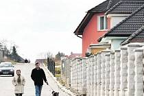 BYDLET VE VLASTNÍM je snem mnoha Pražanů. Zhruba 65 procent z nich si bere hypotéku na byt, třetina z nich pak na stavbu rodinného domu