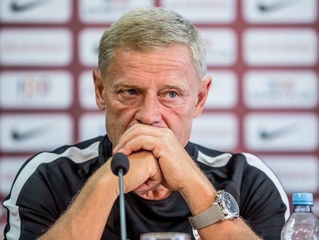 Trenér Zdeněk Ščasný.