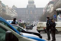 Policie v centru Prahu. Ilustrační foto.