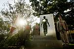 Odhalení sochy ke 150. výročí Sokola
