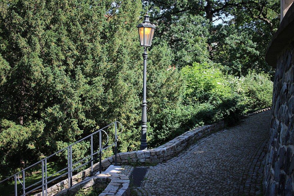 Okolí vily a dominanty parku jsou ke spatření v několika filmech.