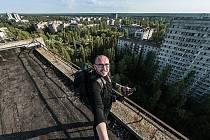 Vydejte se s fotografem Milanem Říským prozkoumat tajemství černobylské zóny.
