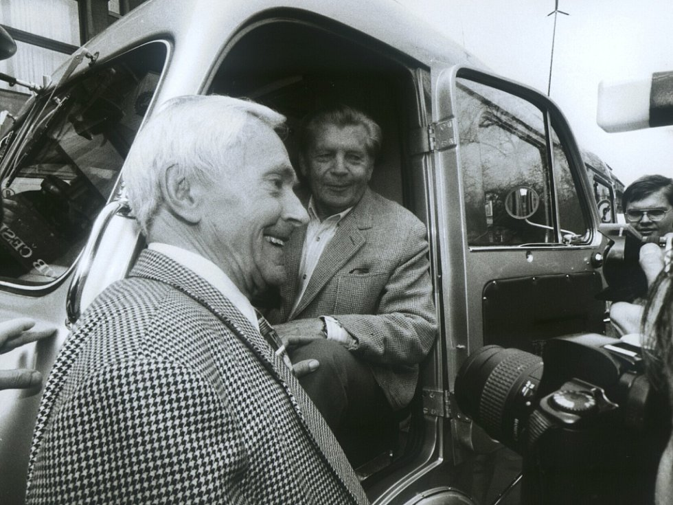 Jiří Hanzelka a Miroslav Zikmund.