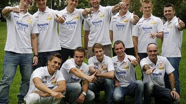 Na tiskové konferenci bylo 9. září představeno dvanáct finalistů soutěže Sympaťák roku 2011.