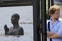 Zahájení výstavy Povodně 2013 spojené se sbírkou pro lidi postižené záplavami.